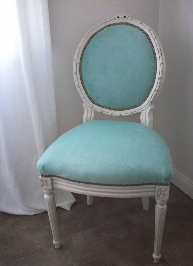 La f brica de p jaros silla de cuarto p tina blanca for Sillas para habitacion matrimonio