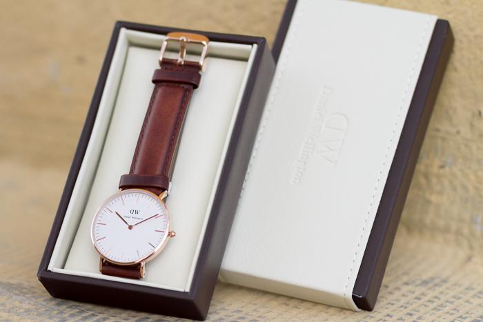Reloj  modelo Classic St Andrews Lady de Daniel Wellington correa marrón y esfera oro rosa Blogger moda valenciana WOWS
