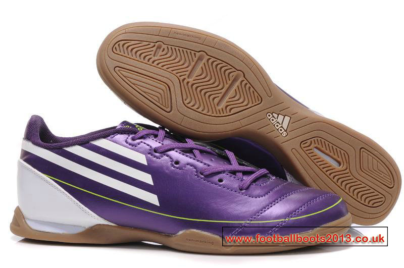 sports futsal shoes