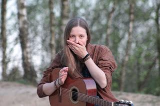 Belajar Cara Mengocok Menggenjreng Gitar Baik Benar Mudah Pemula Sesuai Lagu