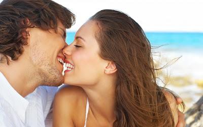 fotos de parejas sonrientes