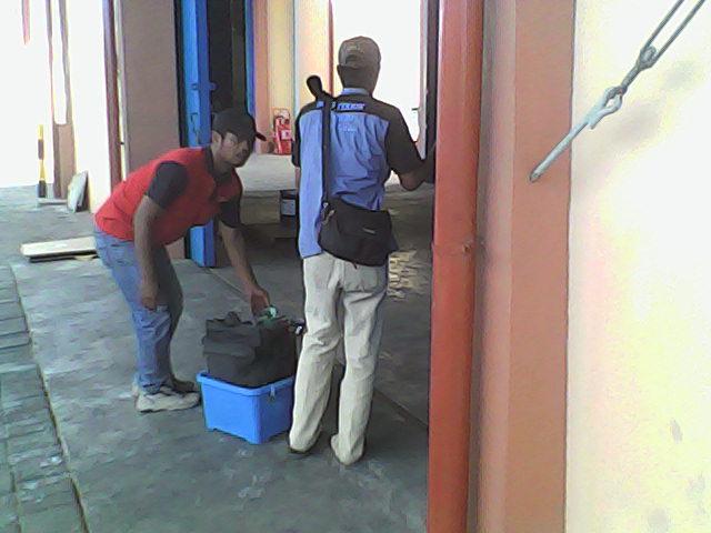 Service AC Surabaya-Sidoarjo T.0318677063/081230666707 Panggilan Bergaransi Komitmen dlm Pelayanan