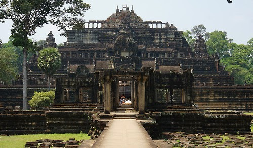Angkor most important archaeological sites in the world (10 pics)