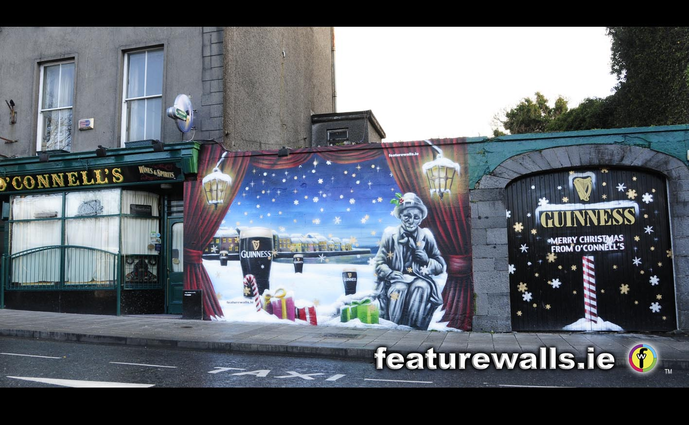 ... Advertising Branding Mural Featurewalls.ie Hand Painted For Guinness  Using Graffiti Paint At The Weekend, We Think It Really Is A Galway Christmas  Scene ...