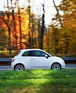 2012 Fiat 500 driving - Subcompact Culture