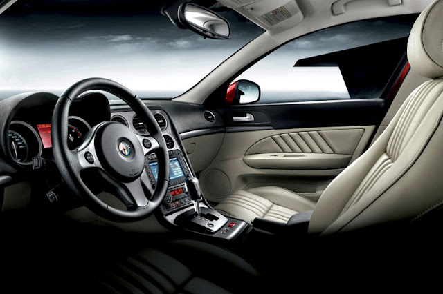 2012-Alfa-Romeo-159-Interior-front