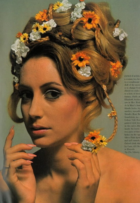 SnakeCharmer: 1960's Floral Hair Accessories
