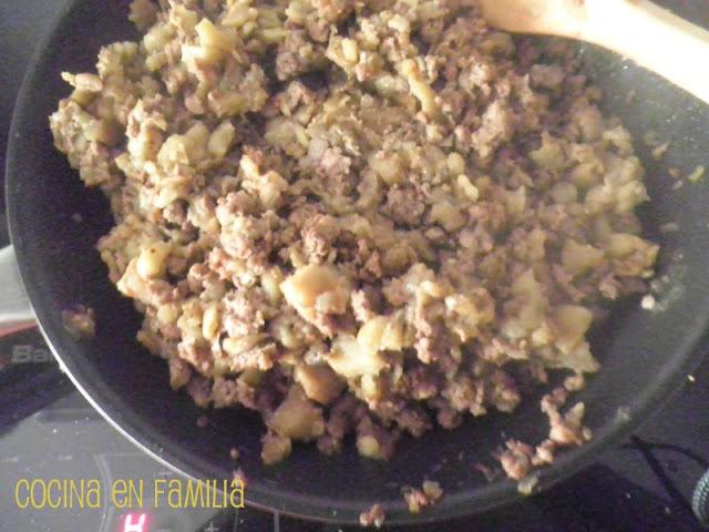 Cocina en familia berenjenas rellenas de carne picada for Canal cocina cocina de familia