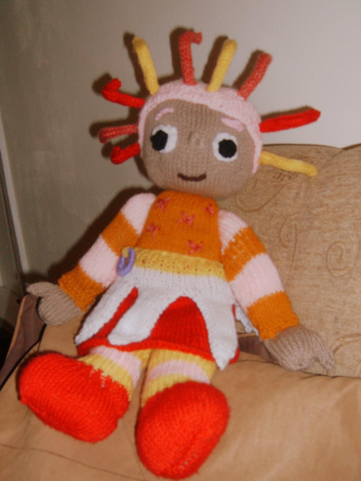 Knitting Addict: IN THE NIGHT GARDEN...UPSY-DA?SY