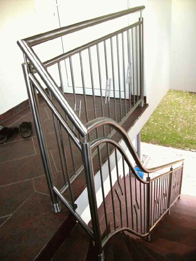 Herrer a moderna dancar - Barandales modernos para escaleras ...