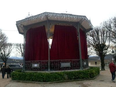 la cabane aux contes du Village du Père Noël pau