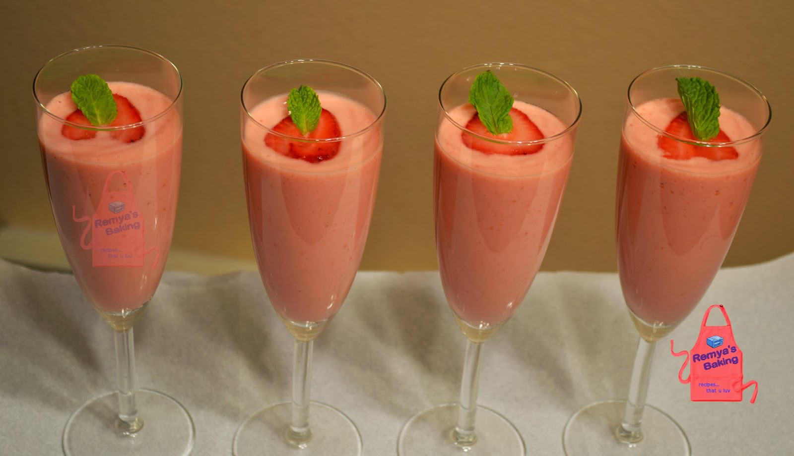 strawberry pear smoothie