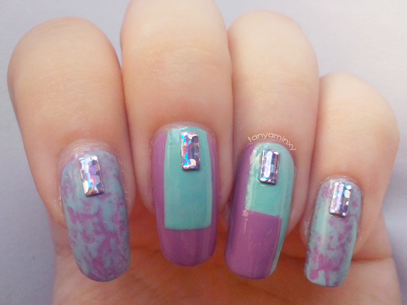 Mint And Purple KKCenterHk Laser Studs And Saran Wrap Nails Geometry Geometric Nails