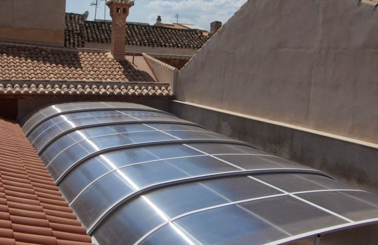 Imagen de un cerramiento metalico y de policarbonato combinado web cubiertas madrid 644 34 87 - Tejados para terrazas ...
