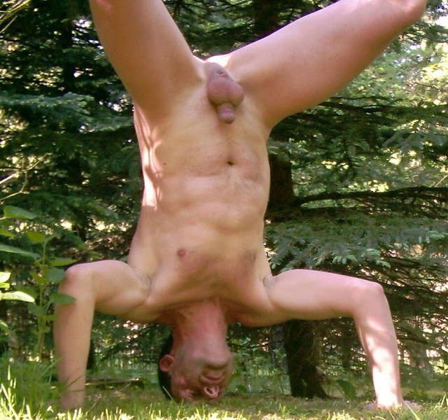 Have hit girl doing a handstand naked useful