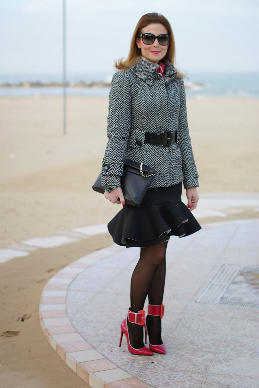peplum hem skirt, Cesare Paciotti pumps, Fashion and Cookies, fashion blogger