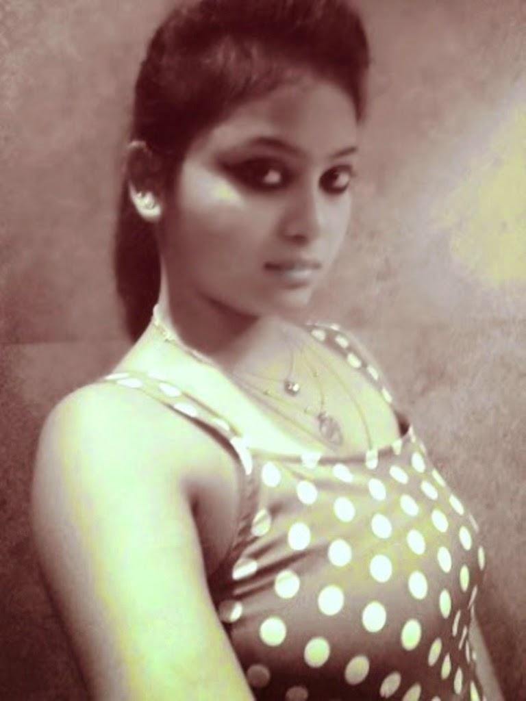 Indian Top Girl Photos