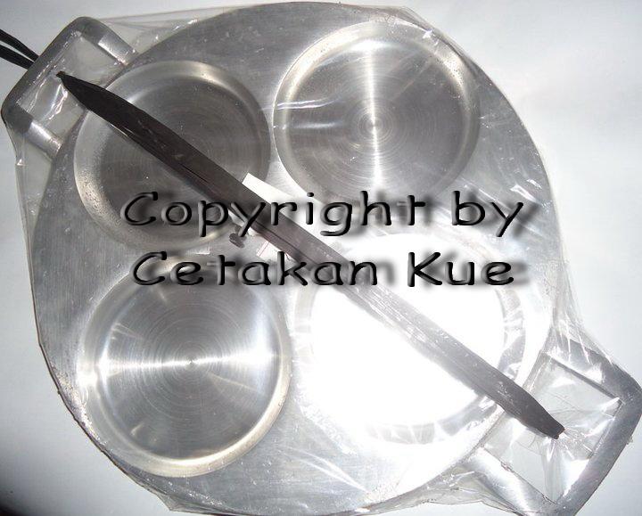 cetakan kue: Cetakan Kue Terang Bulan Mini / Martabak Manis Mini