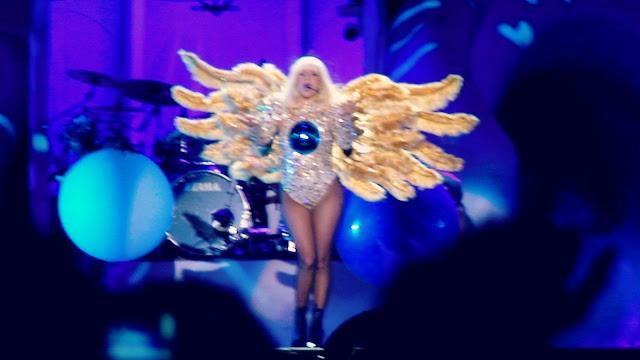 lady gaga athens 2014 live