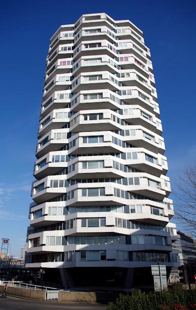 """Rchard Seifert"" ""No.1 Croydon"" ""50p Building"" ""Threpenny bit"" ""Thrupenny bit"" ""NLA Tower"""