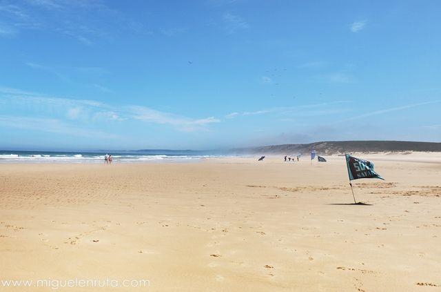 Praia-Da-Bordeira-Algarve-7