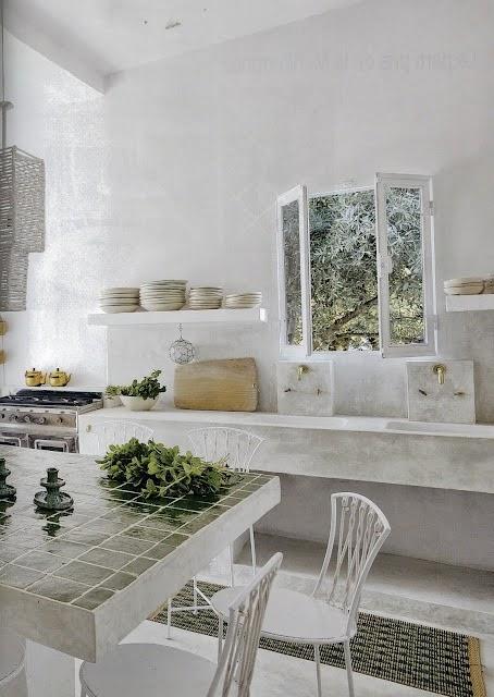 love white, espacios interiores y exteriores decorados en blanco