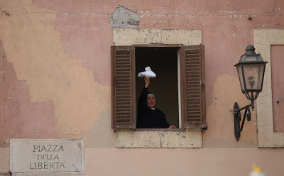 Pope Retire