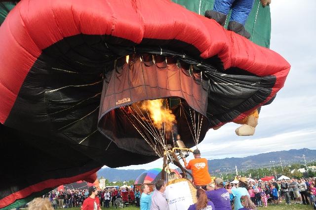 Colorado Springs Labor Day Balloon Liftoff visitingcoloradosprings.filminspector.com