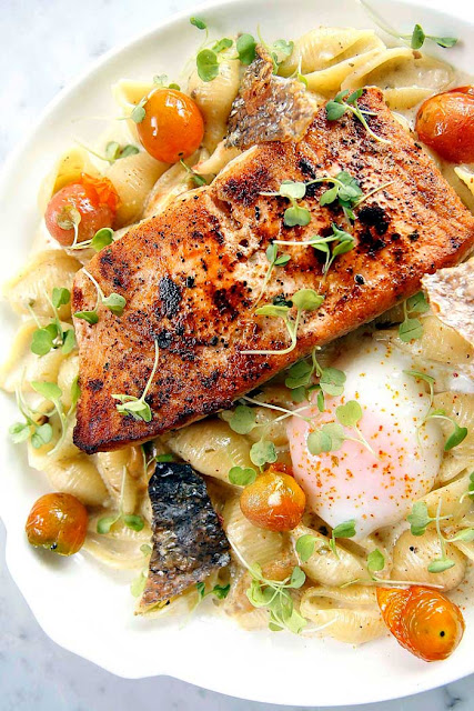 FAT Restaurant at Forbes Town Center Salmon and Uni pasta