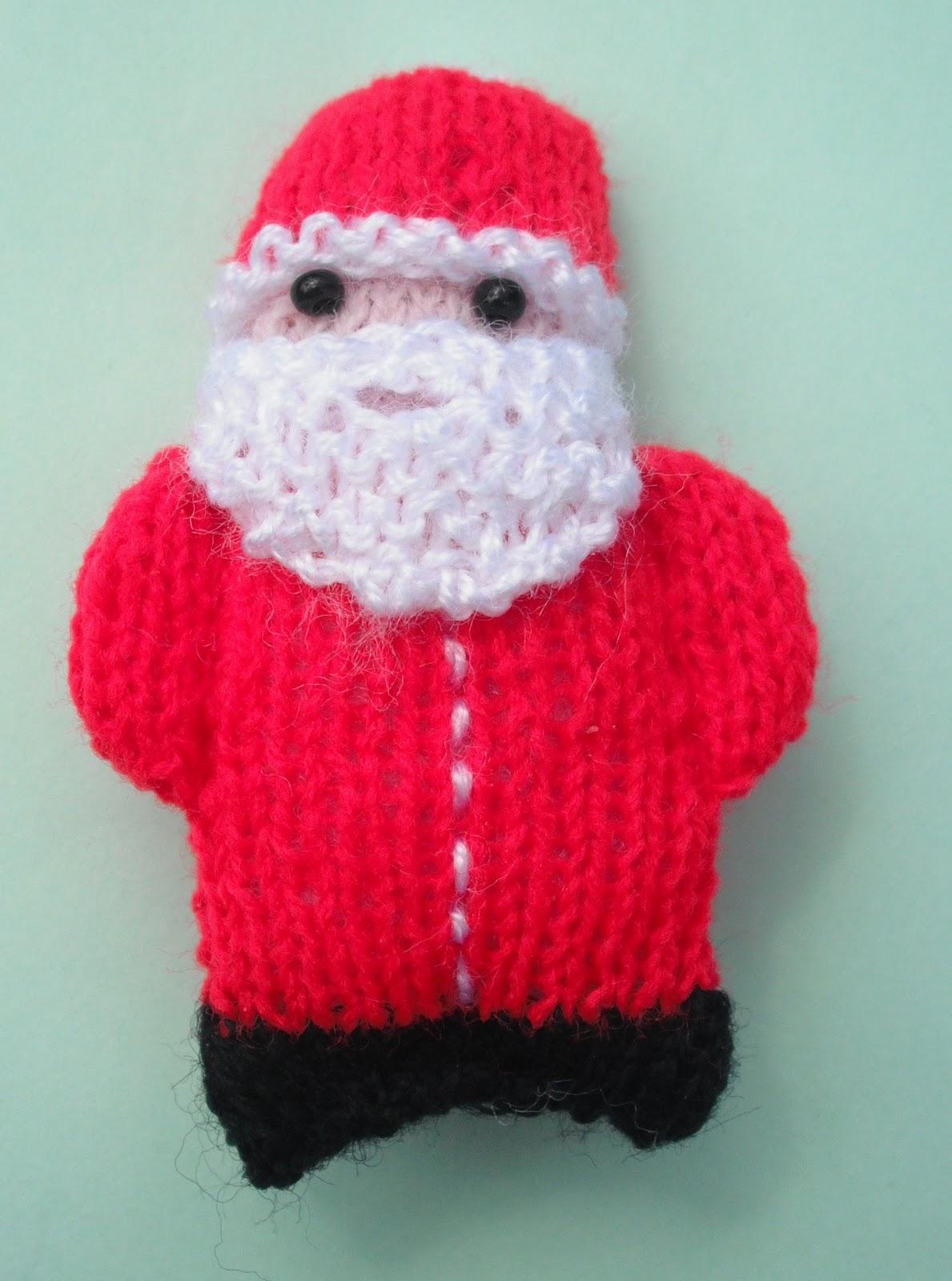 Knitting Patterns For Dolls Houses : bitstobuy: Miniature knitting is not just for Christmas....
