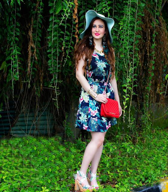 VERO MODA Floral Top, Floral Skater Skirt, Orange Quilted Bag, Sun-hat, H&M Tropical Print Block Heels, Resort Wear