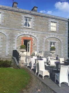 Stitch and Bear - The terrace at Tankardstown