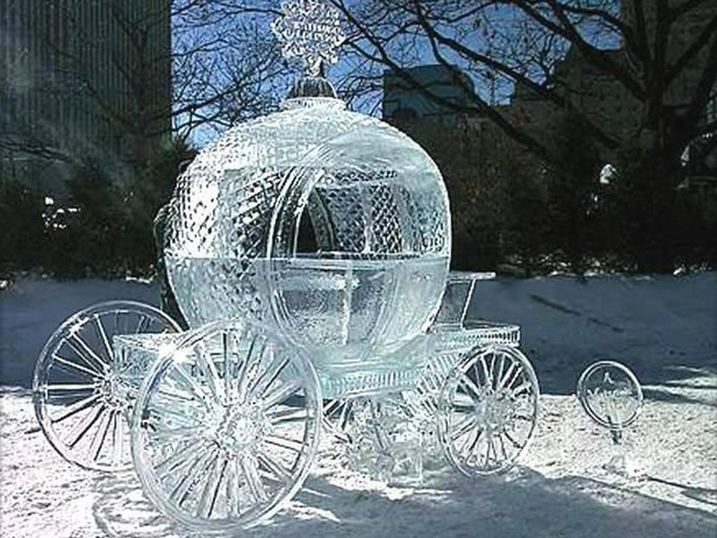 7.) Better get in before midnight...because it'll probably melt. - Amazing Ice Sculptures That Put Edward Scissorhands To Shame.