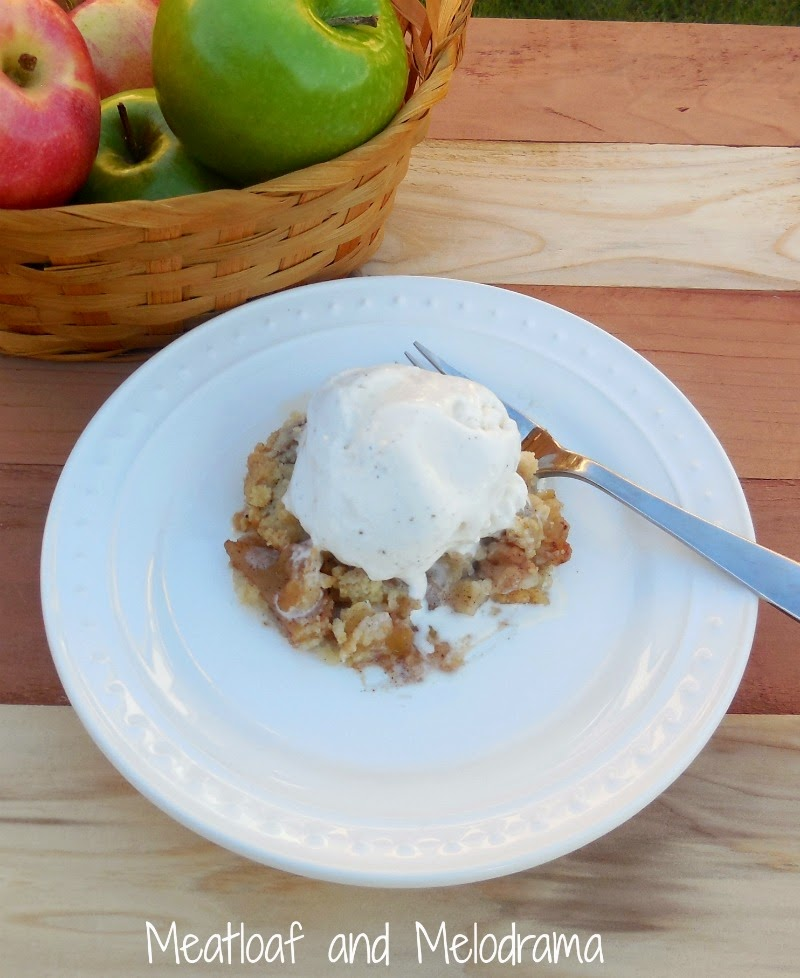 Meatloaf and Melodrama: Cinnamon Apple Crisp