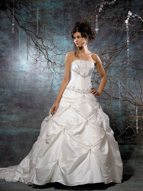 Brautmode - Brautkleider