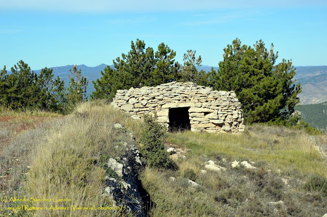 barraca-piedra-ademuz-valencia