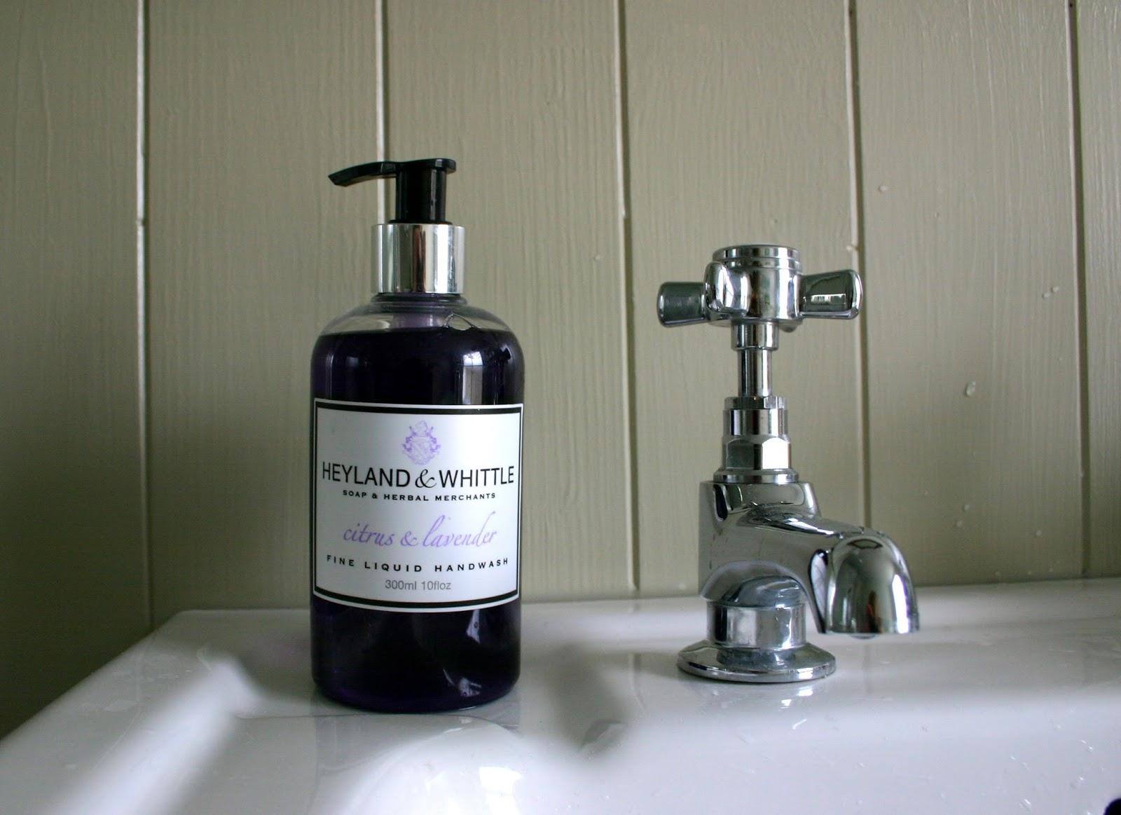 Love lilac finally my new bathroom for Farrow and ball bone