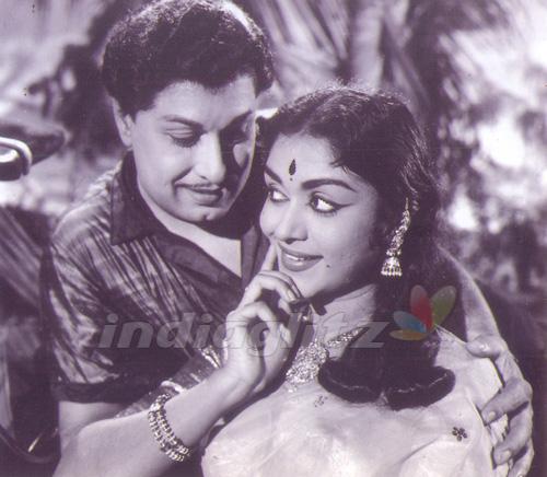 MGR & Saroja Devi 1
