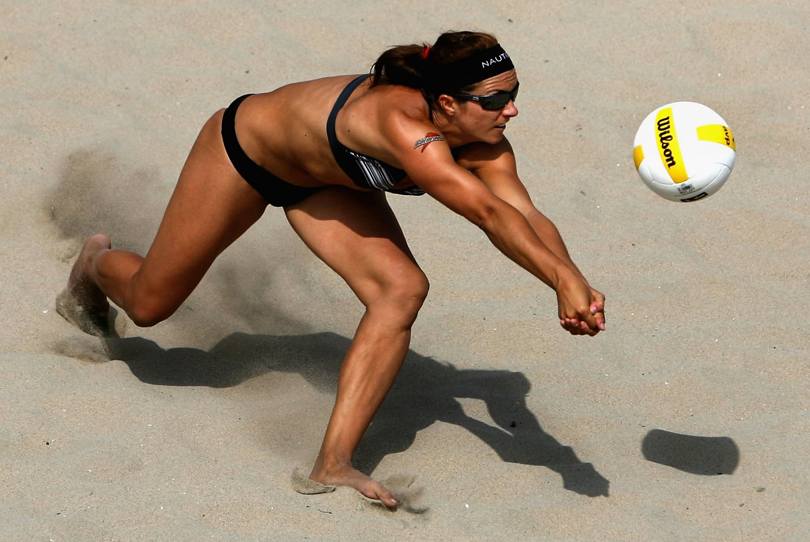 http://2.bp.blogspot.com/-6mpympy00g0/UABHNoa7S9I/AAAAAAAAAOk/mCy2605zovo/s1600/Misty+May-Treanor.jpg