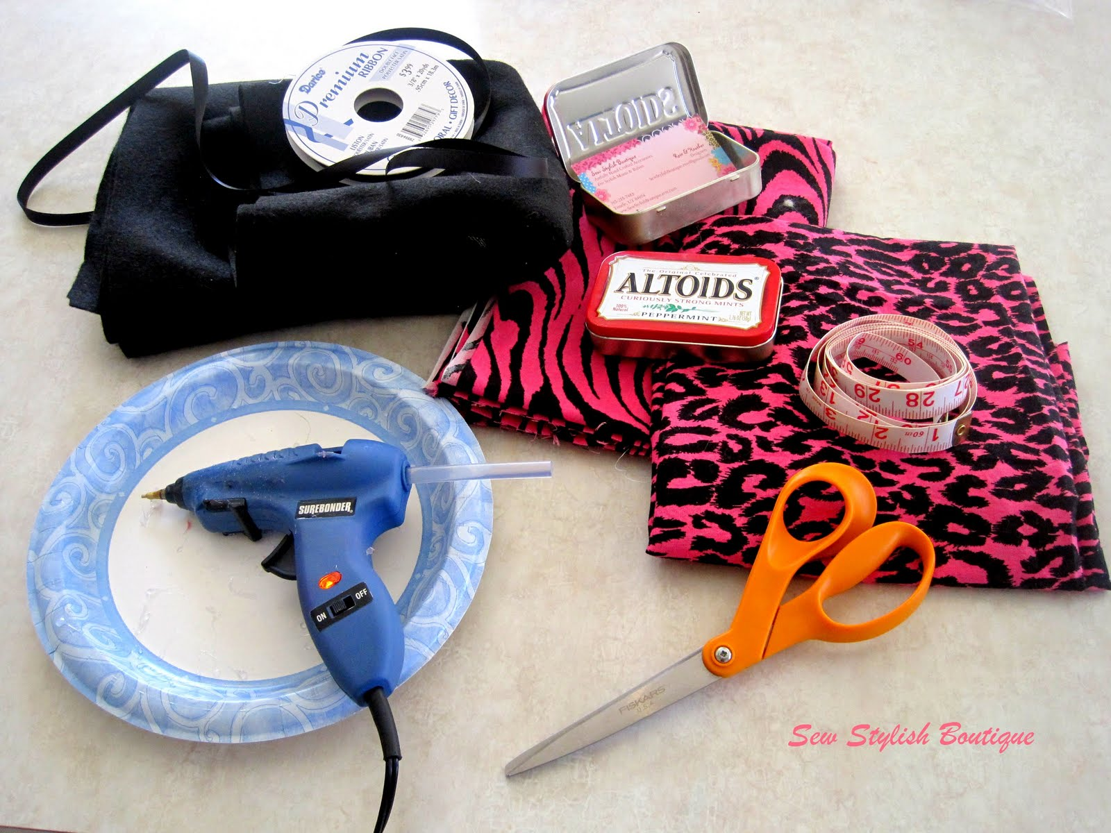 Sew stylish boutique make a business card holder from a altoids tin make a business card holder from a altoids tin magicingreecefo Images