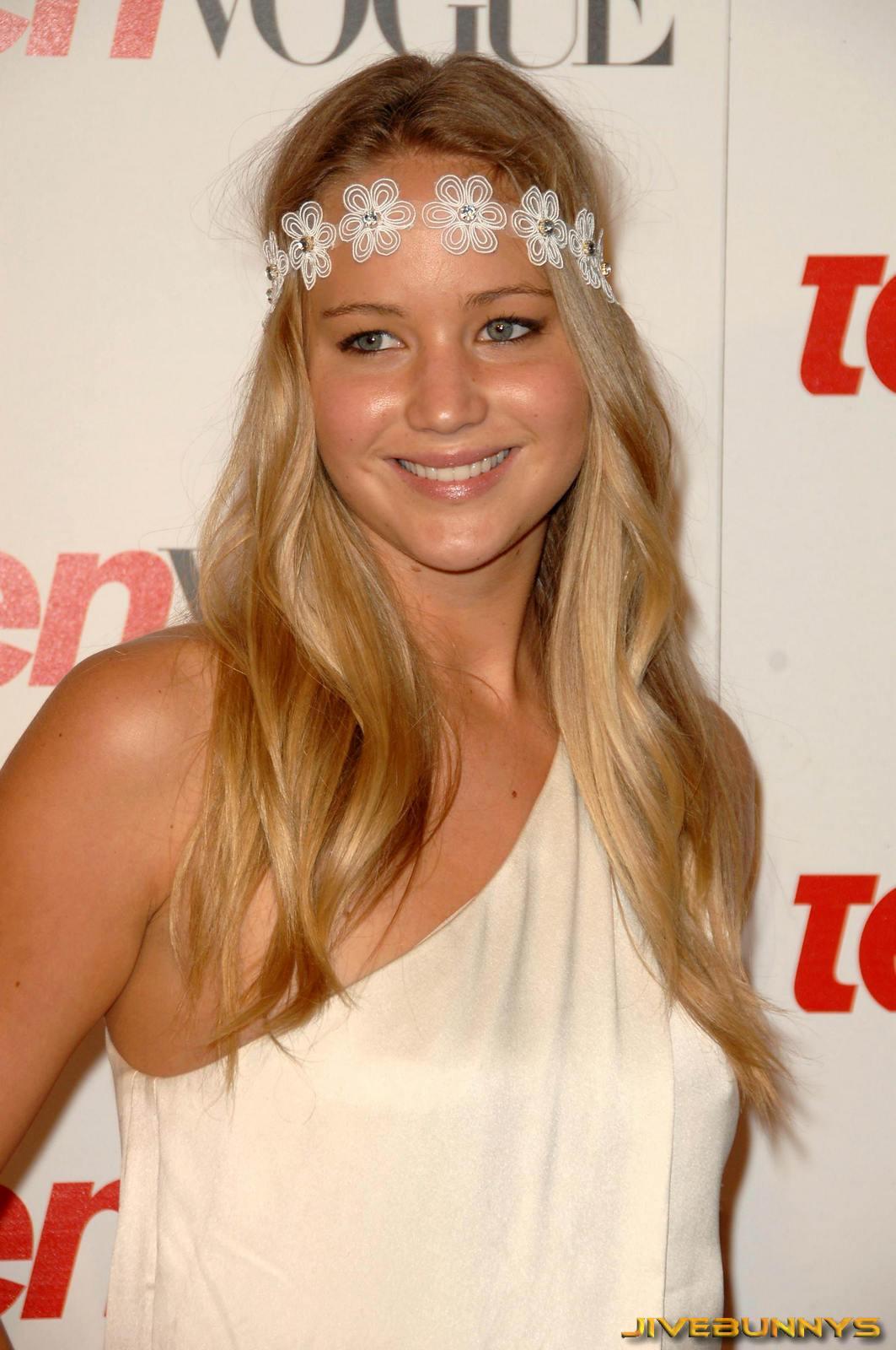 http://2.bp.blogspot.com/-6nG_t1TcPh4/T23Yna5RaYI/AAAAAAAAB24/BHzIfWM1KSI/s1600/jennifer-lawrence-actress-celebrity528.jpg