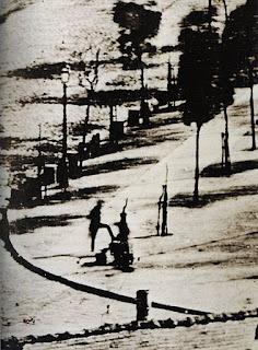 Boulevard du Temple+Paris+daguerrotipo+primera persona fotografiada+detalle