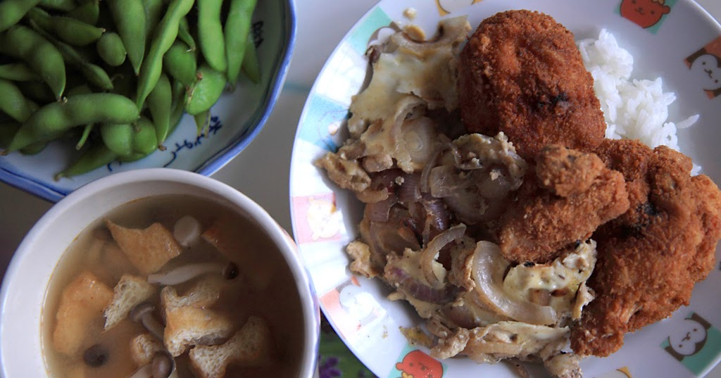 Cook With No Books: Shimeji-bean puff miso soup and katsu-oyakodon
