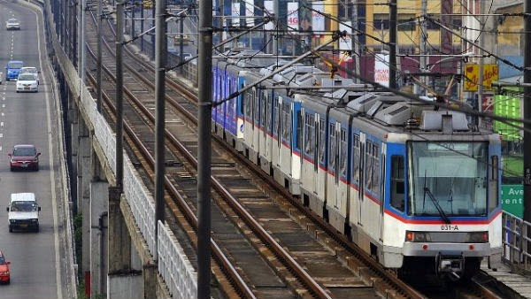 MRT, LRT fare hike starts January 4, 2015