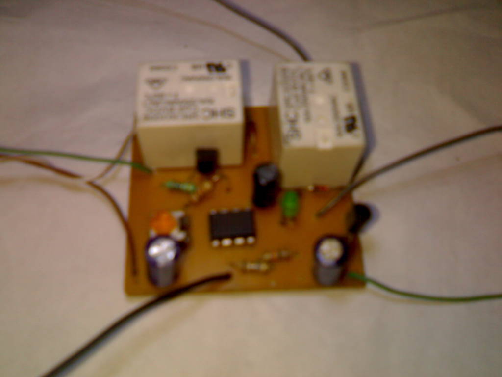 hobby in electronics timer touch activated alarm circuit diagram 555 timer touch activated alarm circuit diagram