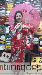 cho thuê kimono nữ màu đỏ