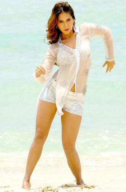 Kim Sharma Hot Thigh Show