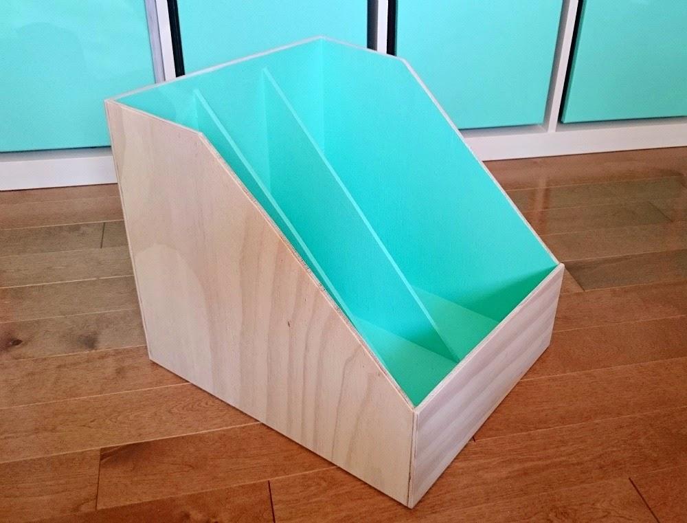 Diy plywood magazine files dans le lakehouse for Diy magazine box