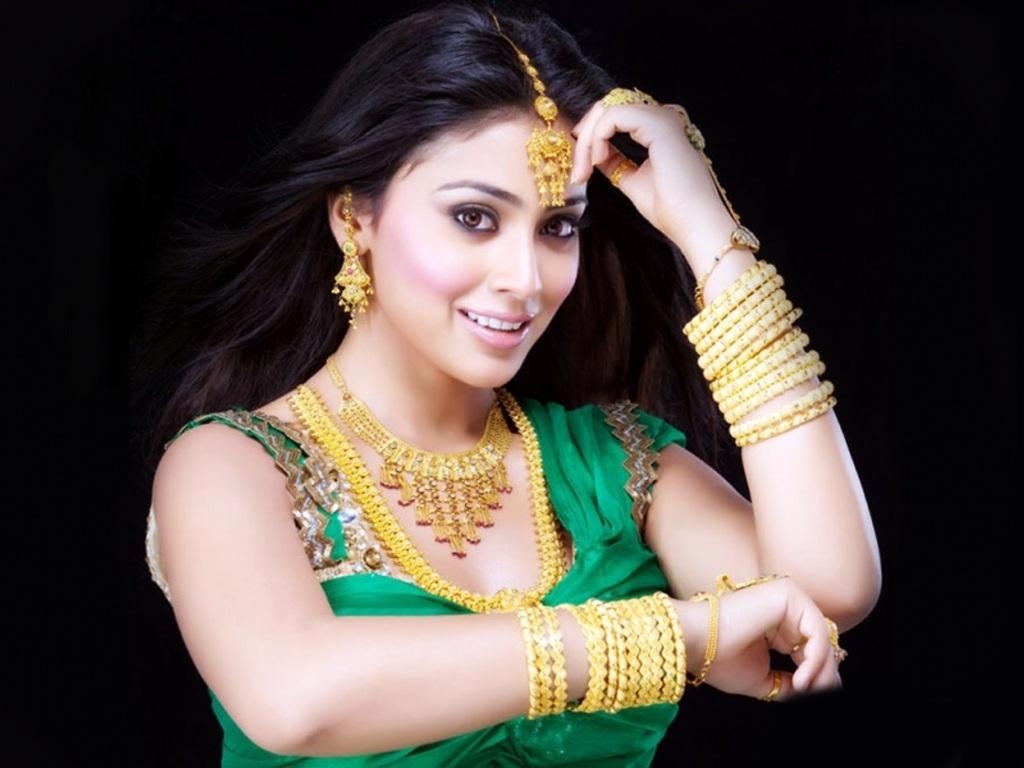 http://2.bp.blogspot.com/-6nxI6uIuCUk/TayjwsixrKI/AAAAAAAAEuo/0LuscNkuOUI/s1600/south_actress_shreya-normal.jpg