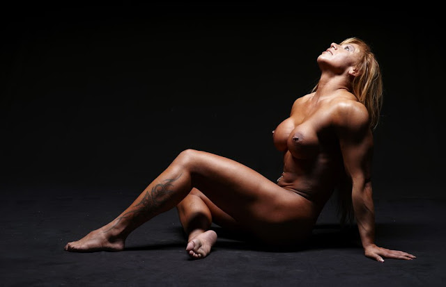 Fitness model nude woman